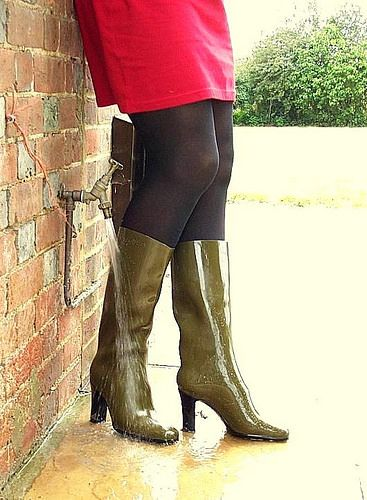 Me in my Patrick Cox's (1) | Freya's world of high heel rubber boots