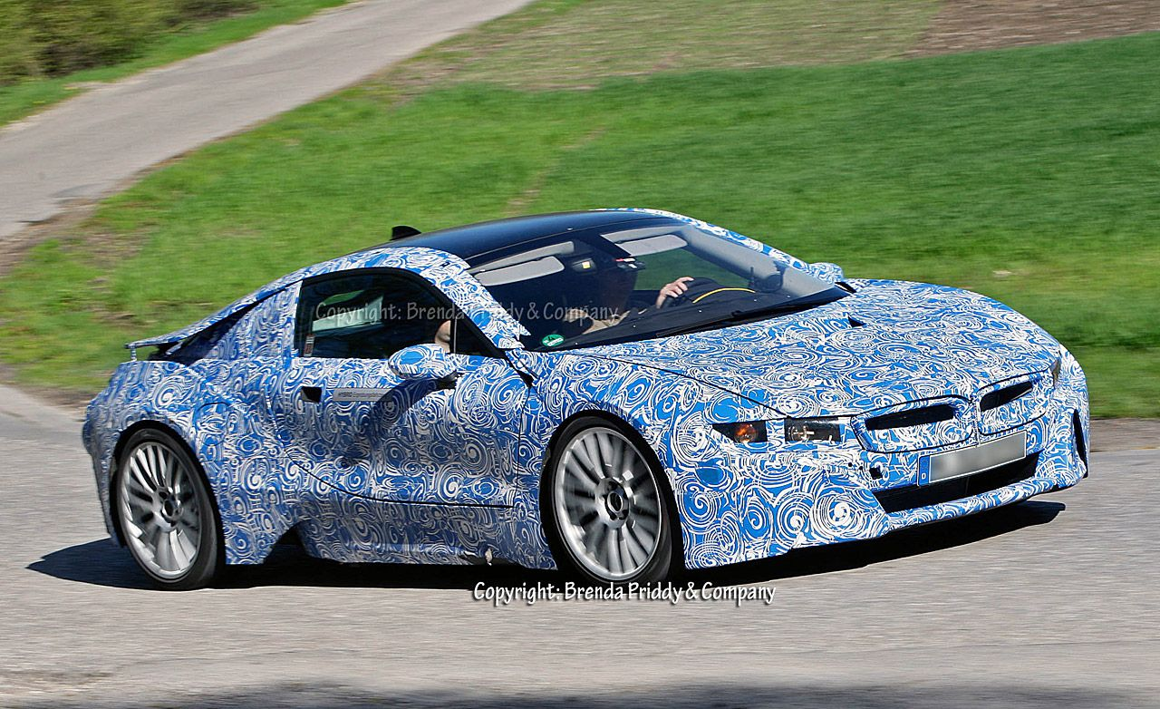 Bmw I8 Supercar With Interesting Paint Job Painted Cars