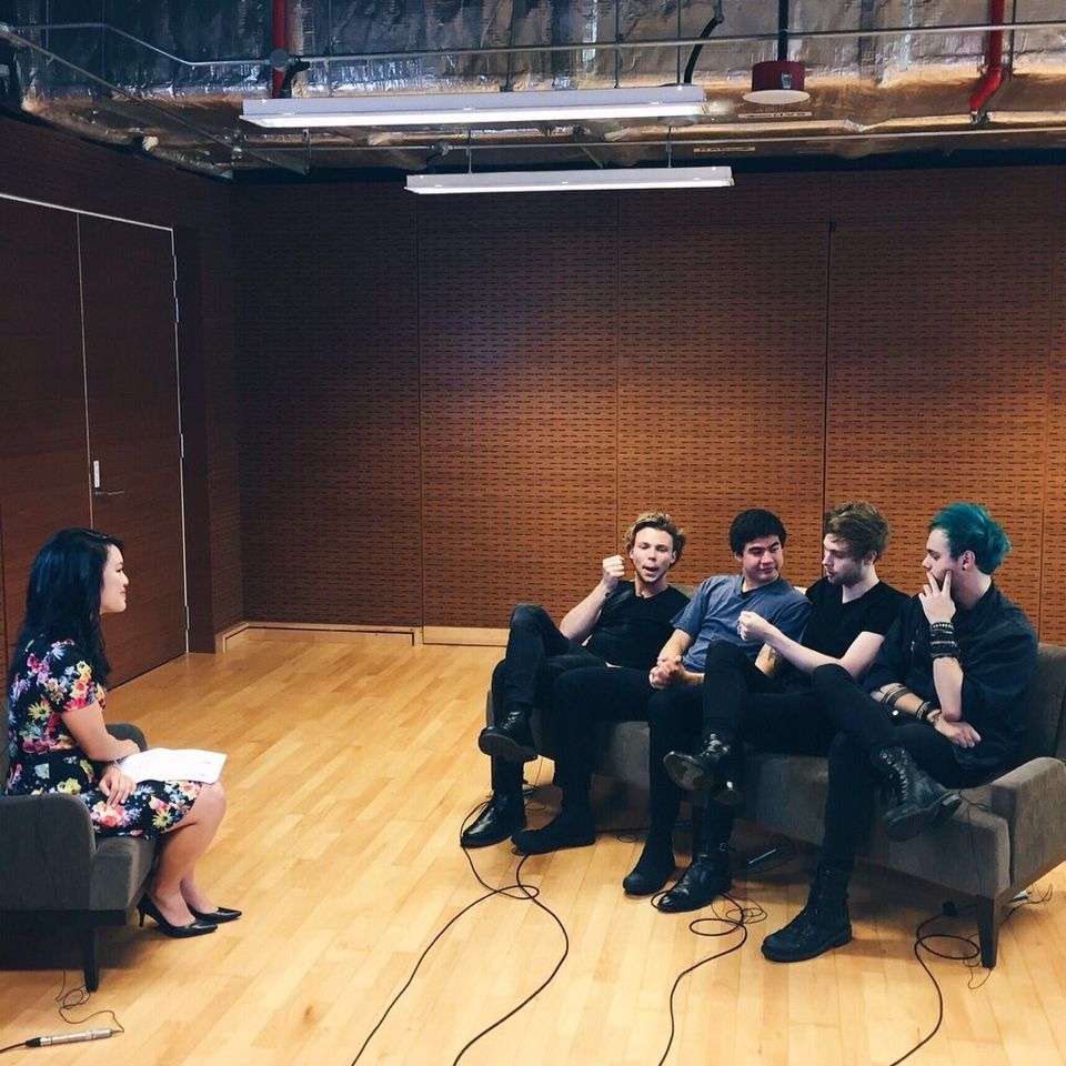 5SOS interview