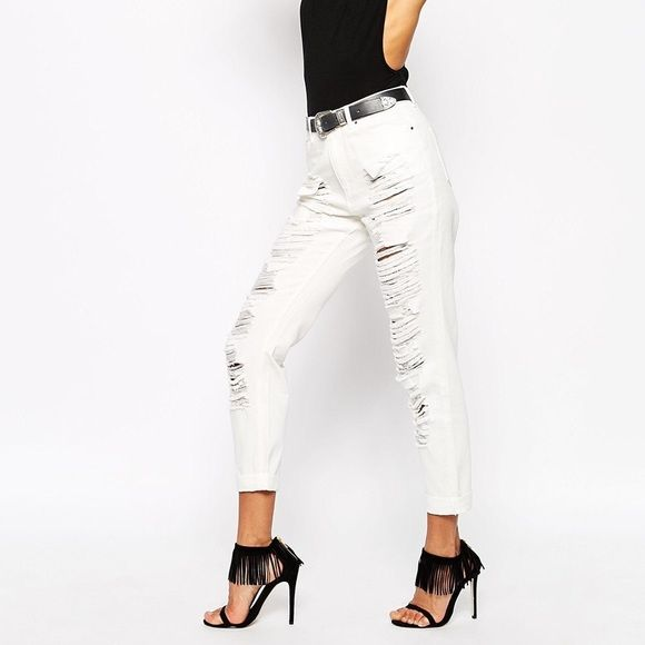 Misguided Extreme Ripped Denim Jeans 4 High waist ripped white jeans by missguided. Size 4. New with tags and never worn Missguided Pants