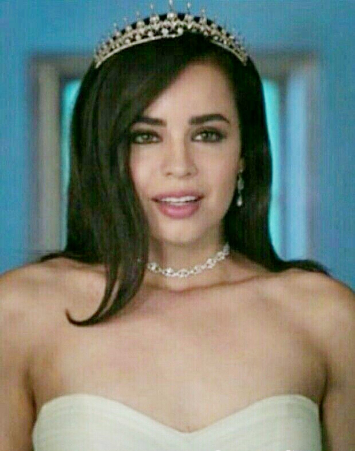 A Cinderella Story If The Shoe Fits 2016 Cast Sofia Carson Another Cinderella Story If The Shoe Fits Sofia Carson Celebridades Famosos