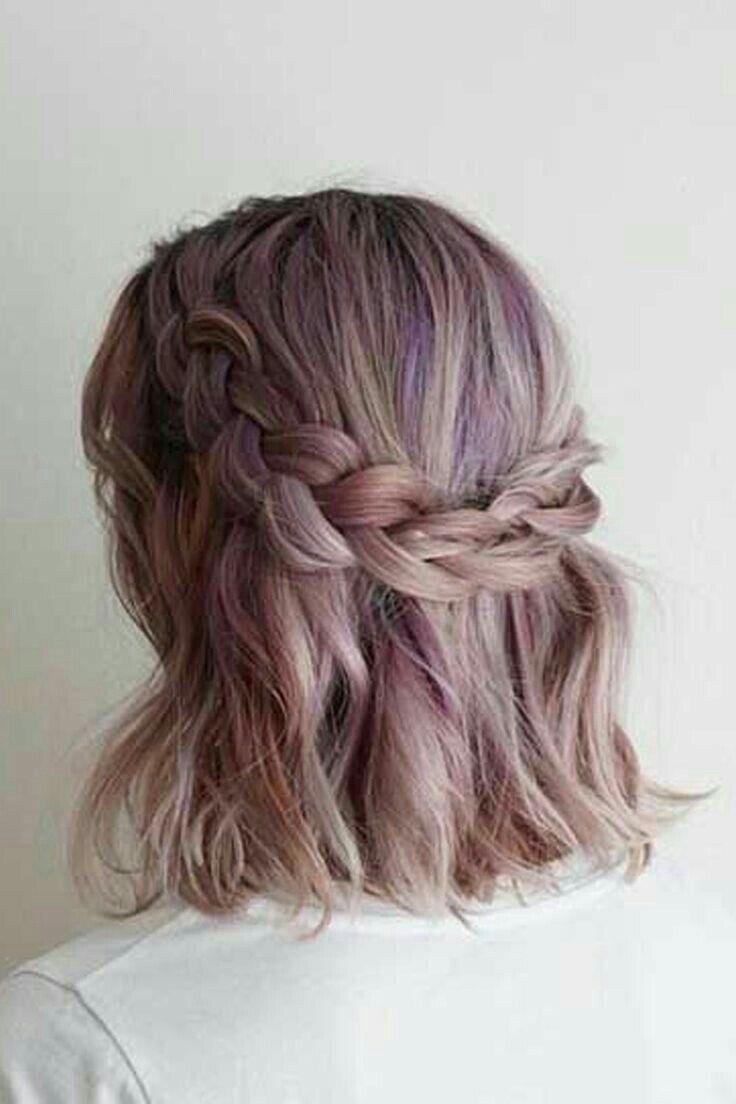 Pin Von Chubsskz Auf Peinados Con Cabello Corto Konfirmations Frisuren Kurze Haare Styling Kurzes Haar Haar Styling
