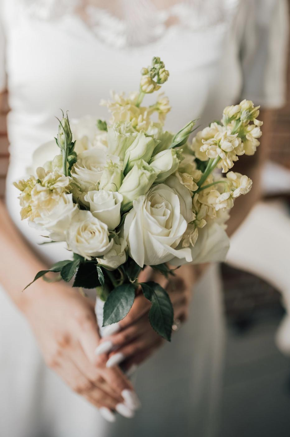Wedding Bouquet Laurel Creative In 2020 Spring Wedding Bouquets New York Wedding Flower Bouquet Wedding