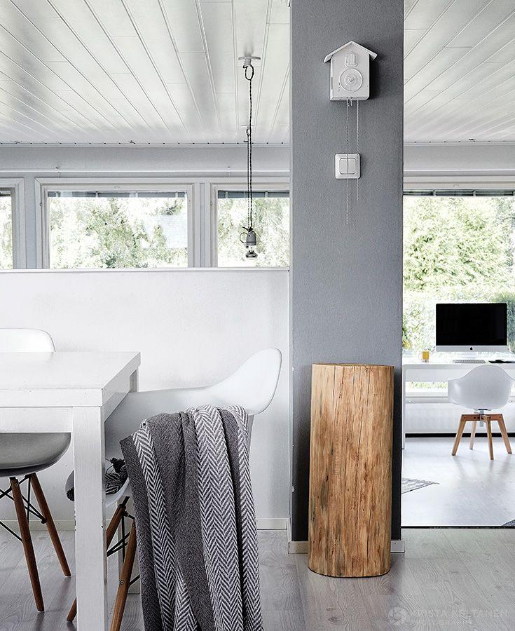 Mustalla maalilla ja kivoilla ideoilla 60-luvun asunnosta tuli reipas pikkulapsiperheen koti. -kirjoittaa Jonna Kivilahti Glorian Koti 4/2015 lehdessä
