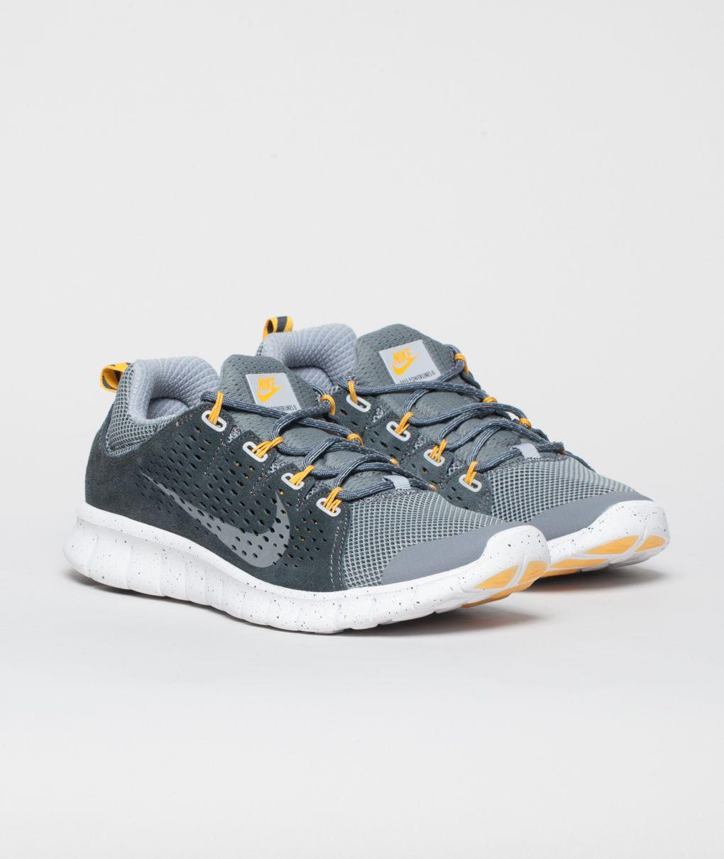 5bd87ee849e3 Nike Free Powerlines II LTR