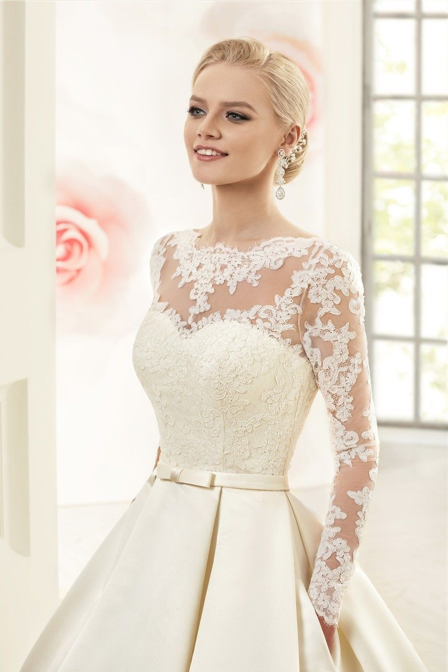vestidos de novia corte princesa con manga larga , Buscar con Google
