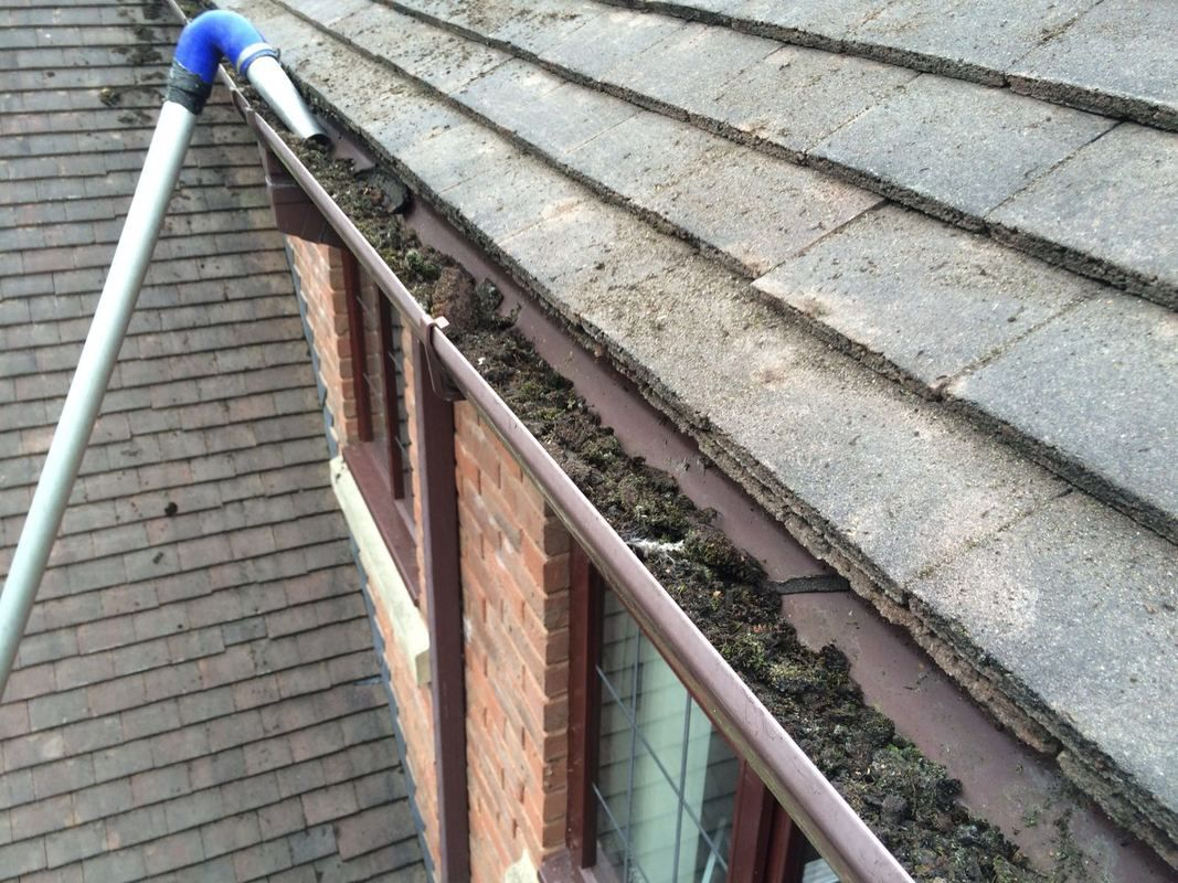 Gutter Vacuum In Action On Some Blocked Gutters Cleaning Gutters