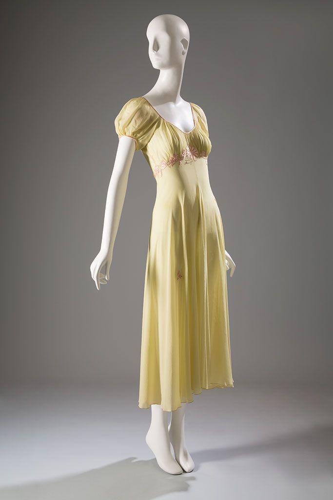 1945 America Juel Park Nightgown Silk Crepe Chiffon Circa Fashion 1940s Fashion Women Dresses
