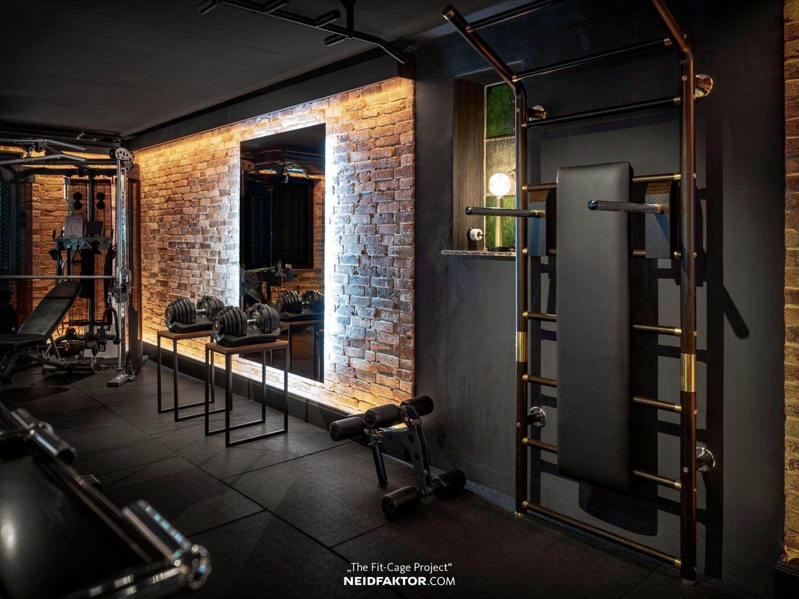 Barras De Pared De Lujo Diseno De Madera Y Laton El Maxwall Es Imprescindible Home Gym Basement Gym Room At Home Home Gym Decor