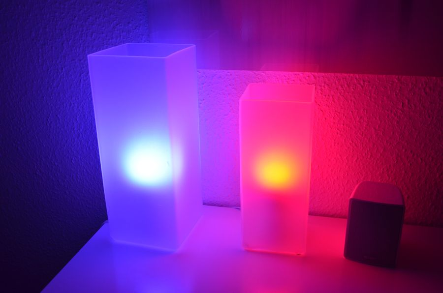 Philips Hue Test: Farbenfrohe LED-Lampen mit Smartphone-Anbindung ...