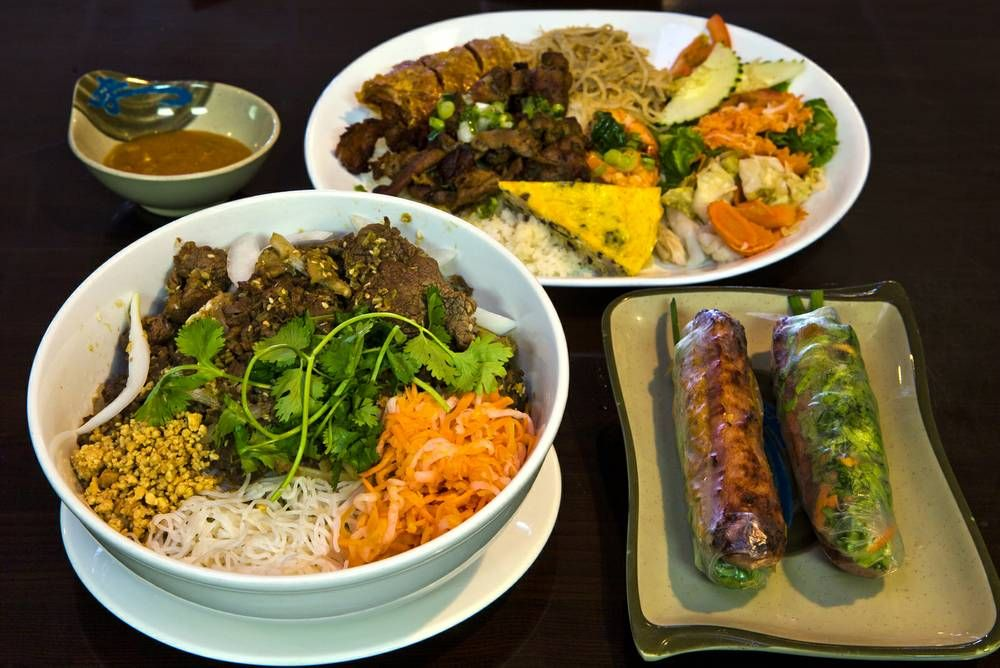 Nem Nuong Bistro S Menu Is Much More Varied Than Most Local Vietnamese Restaurants Las Vegas