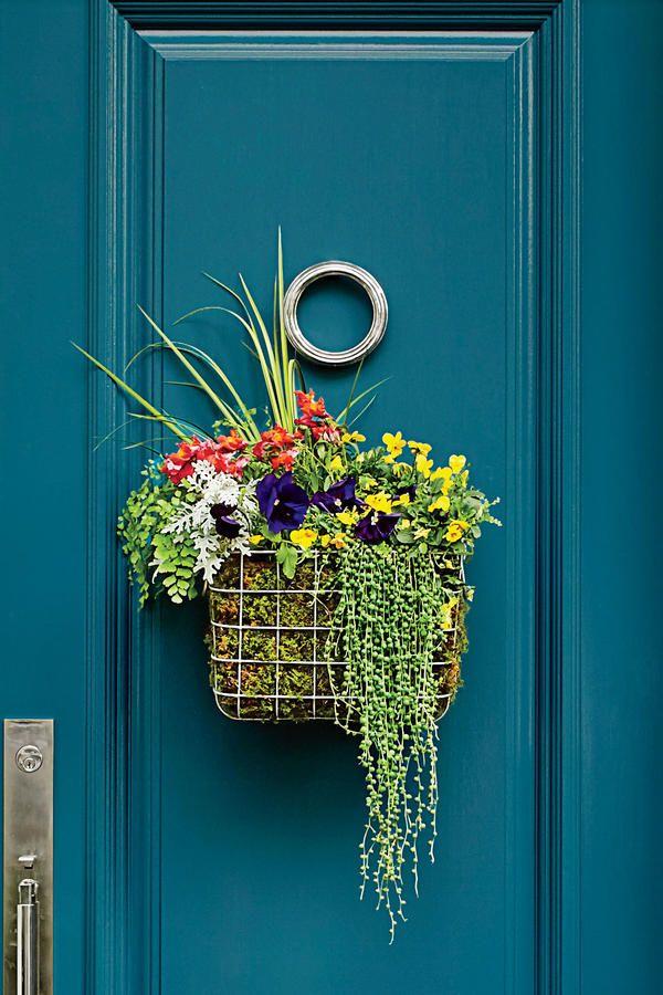How to Make a Basket Wreath | Pinterest | Wire basket, Benjamin ...