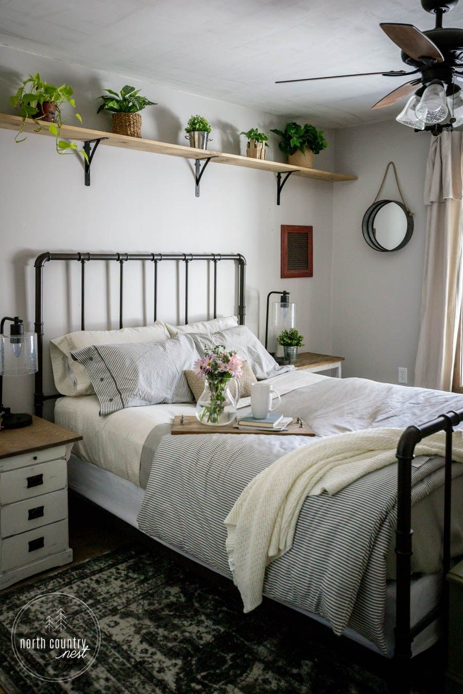 Simple Spring Decor For The Guest Bedroom With Images Home