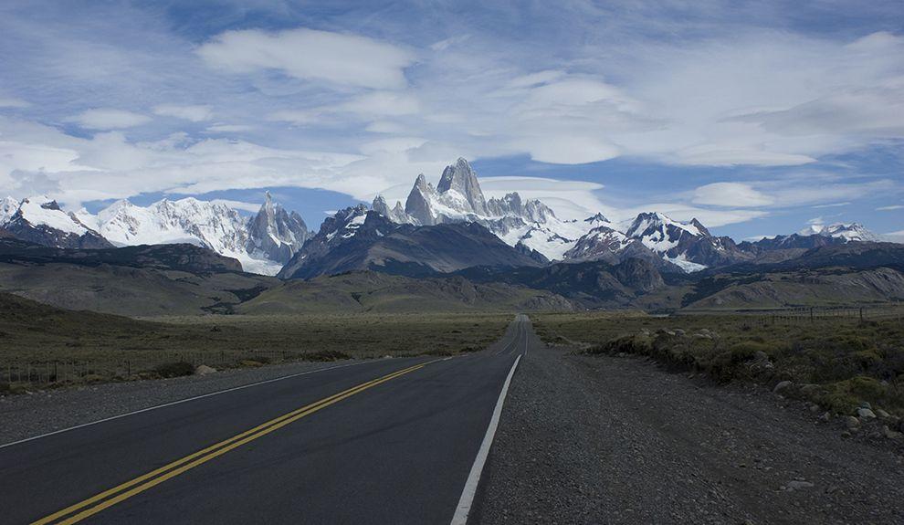 El Chaltén, pueblo montañes dominado por el imponente Monte Fitz Roy, provincia de Santa Cruz Argentina.
