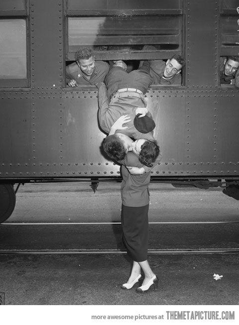 A Kiss Goodbye Vintage Photos Last Kiss History
