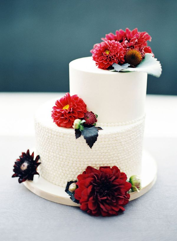 wedding cakes los angeles prices%0A asymmetrical wedding cake  photo by Steve Steinhardt http   ruffledblog com