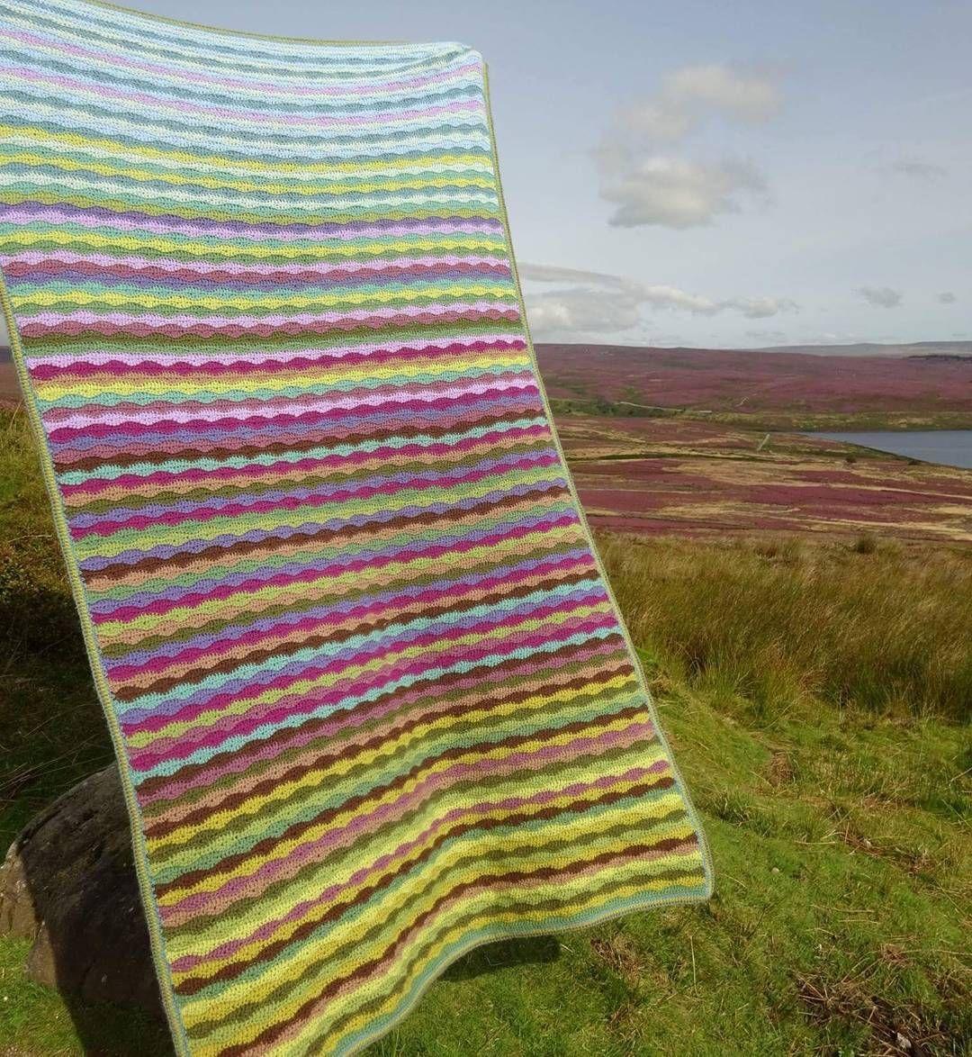 6 300 Vind Ik Leuks 250 Reacties Lucy Attic24 Attic24 Op Instagram I Took My Moorland Blanket Up Crochet Square Blanket Crochet Blanket Afghan Blanket