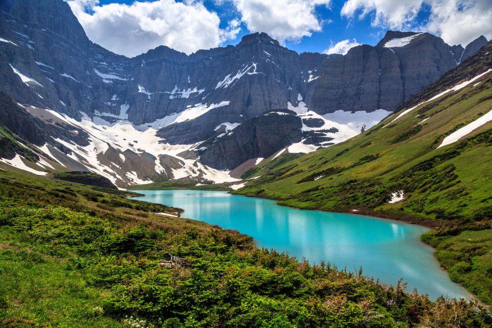 Atme die Höhenluft des Glacier-Nationalparks ein. | 11 Nationalparks in den USA, die Du nie wieder verlassen willst