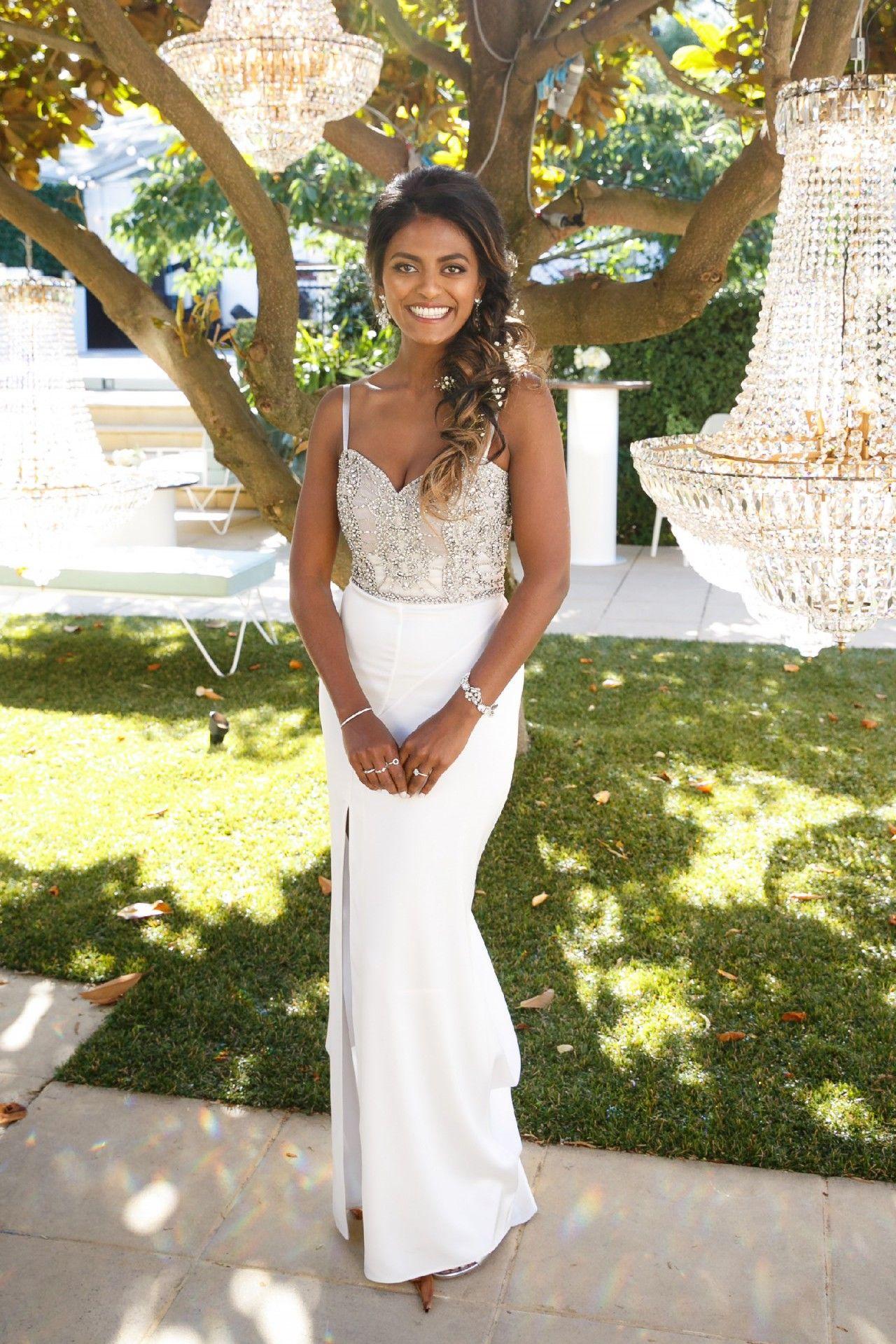 Rachel Gilbert 2 Piece Set Tijana Bodice Darlia Skirt Used Wedding Dress Save 68 Used Wedding Dresses Wedding Dresses Dresses [ 1919 x 1280 Pixel ]
