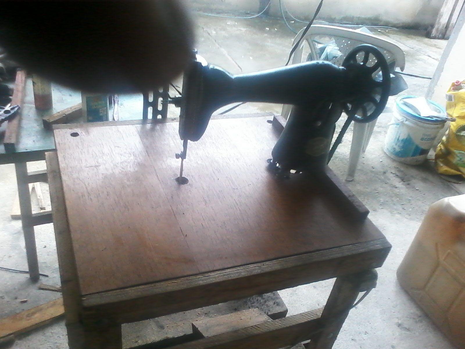 Tico tico com máquina de costura