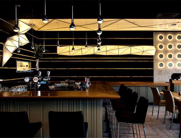 ERCO Light Scout   Projekte   Pizza Hut Restaurant, Mill Lane Arcade    Einführung | Lighting   Wall/Wand | Pinterest | Milling, Pizzas And  Restaurants