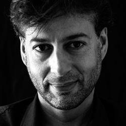 No livro 'Dias de Inferno na Síria', Klester Cavalcanti conta sua experiência em uma prisão, em Homs. O jornalista viajou à Síria para cobrir a guerra civil no país, porém foi preso pelo exército do ditador Bashar Al-Saad e ficou encarcerado durante seis dias.