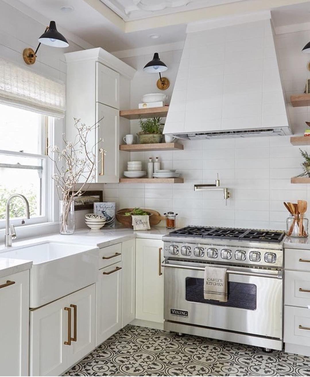 Pin by Elif Elisabet Senkal on kitchen | Pinterest | Kitchens ...