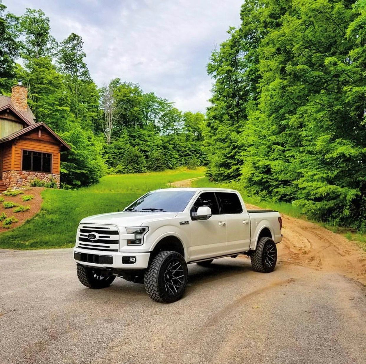 2016 F150 Lifted >> White Lifted 2016 F150 Clean Woods Perfect Cabin Truck