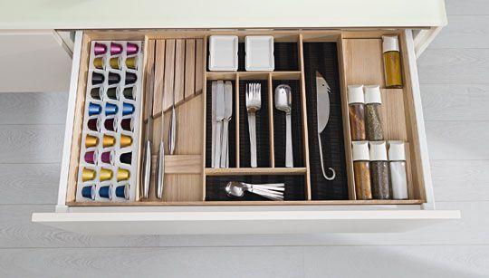 rangement cuisine les 40 meubles de cuisine pleins d. Black Bedroom Furniture Sets. Home Design Ideas