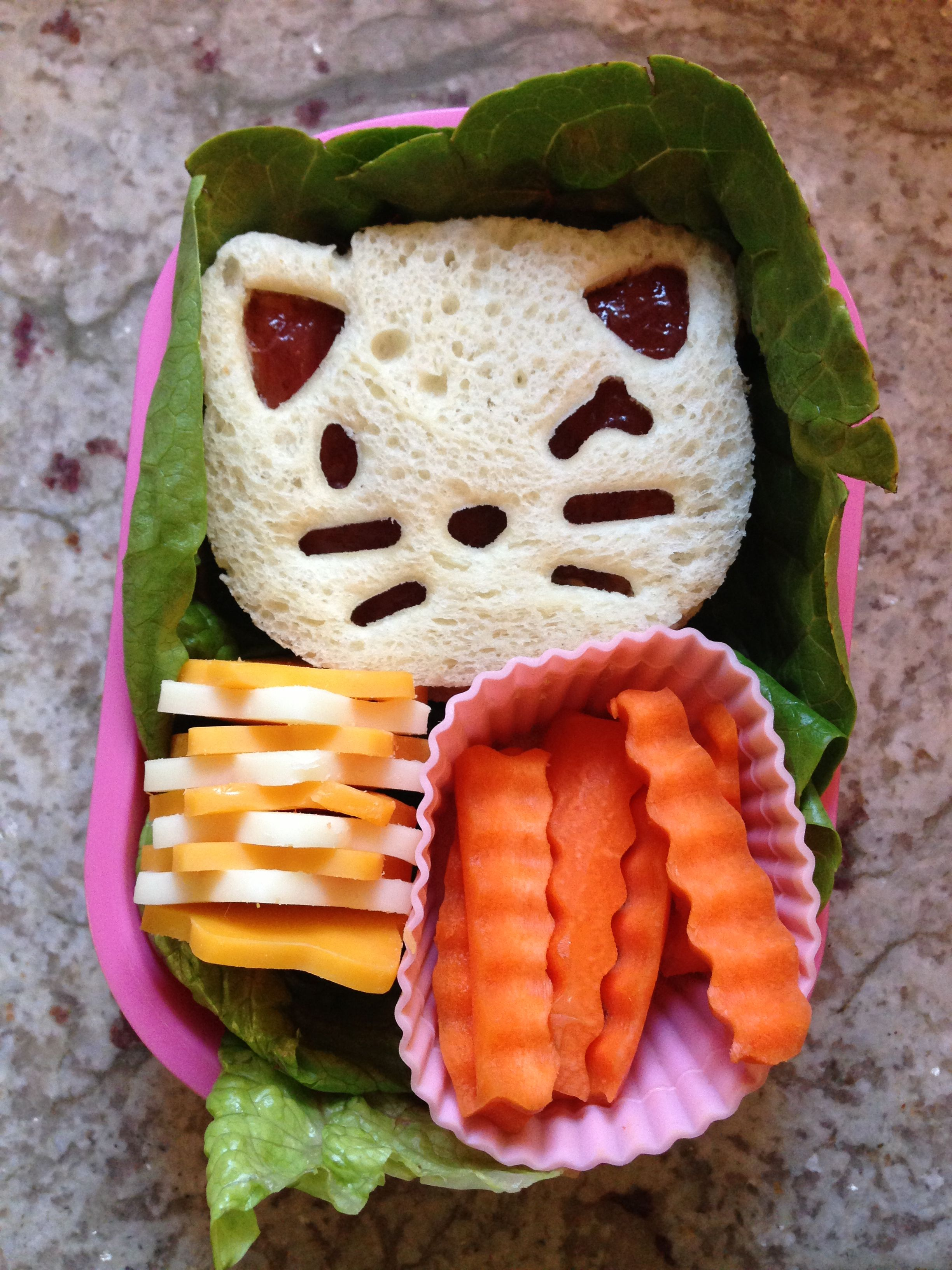 Kitty Peanut Butter Sandwich Cheese Star And Carrot Stick Bento Peanut Butter Sandwich Cheese Stars Carrot Sticks