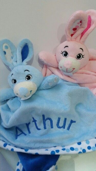 Naninha coelho  Em plush personalizada - nome bordado