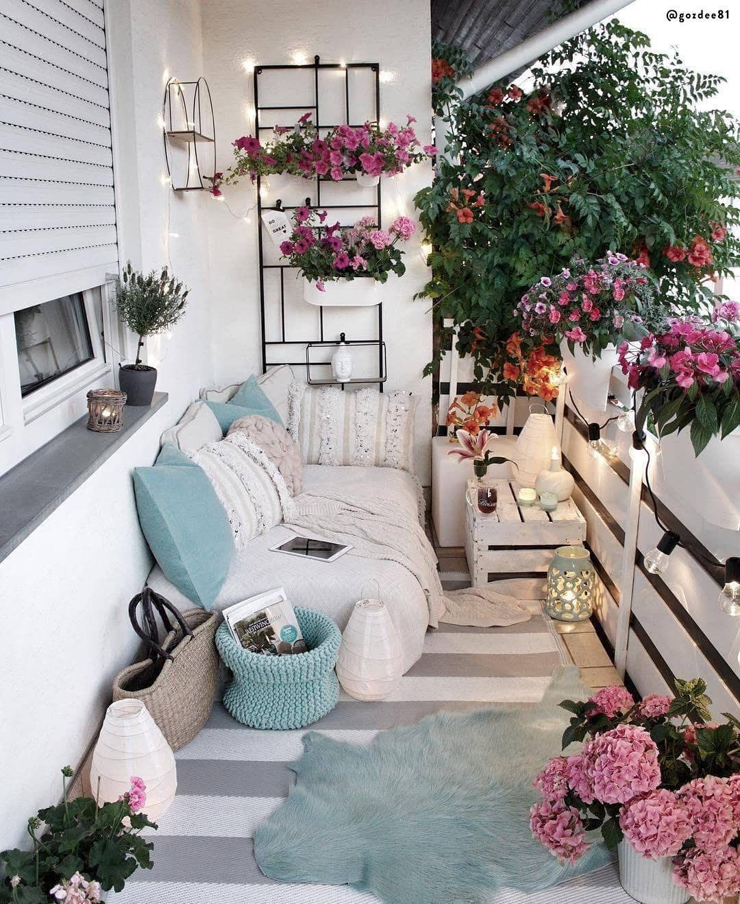 Zaaranzuj Modny Balkon Zgodnie Z Trendami 2020 Apartment Balcony Decorating Small Balcony Decor Balcony Decor