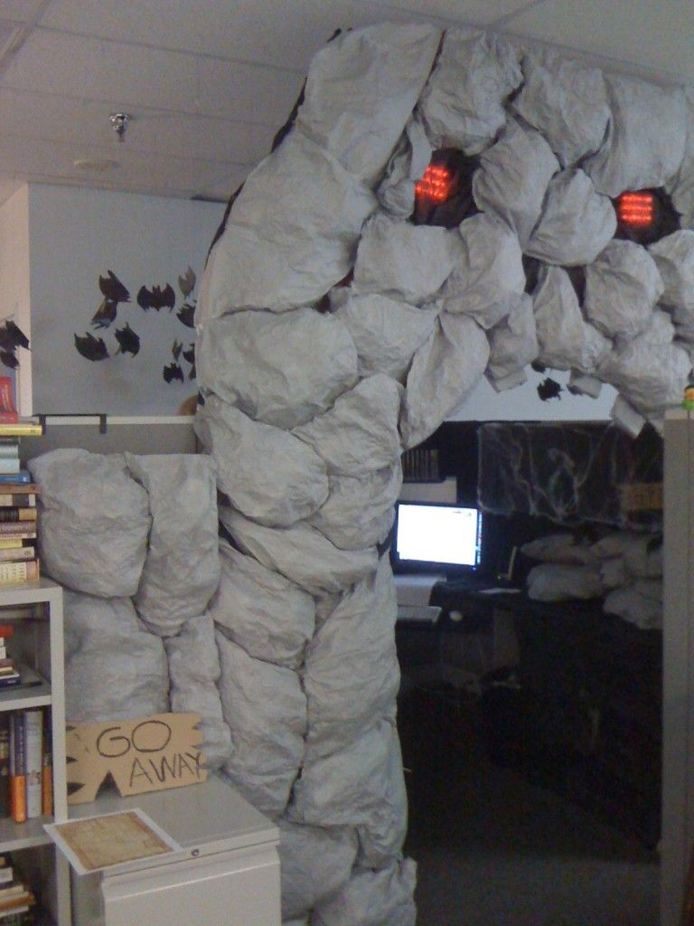 Cubicle Cave Halloween Office Cube Decorations