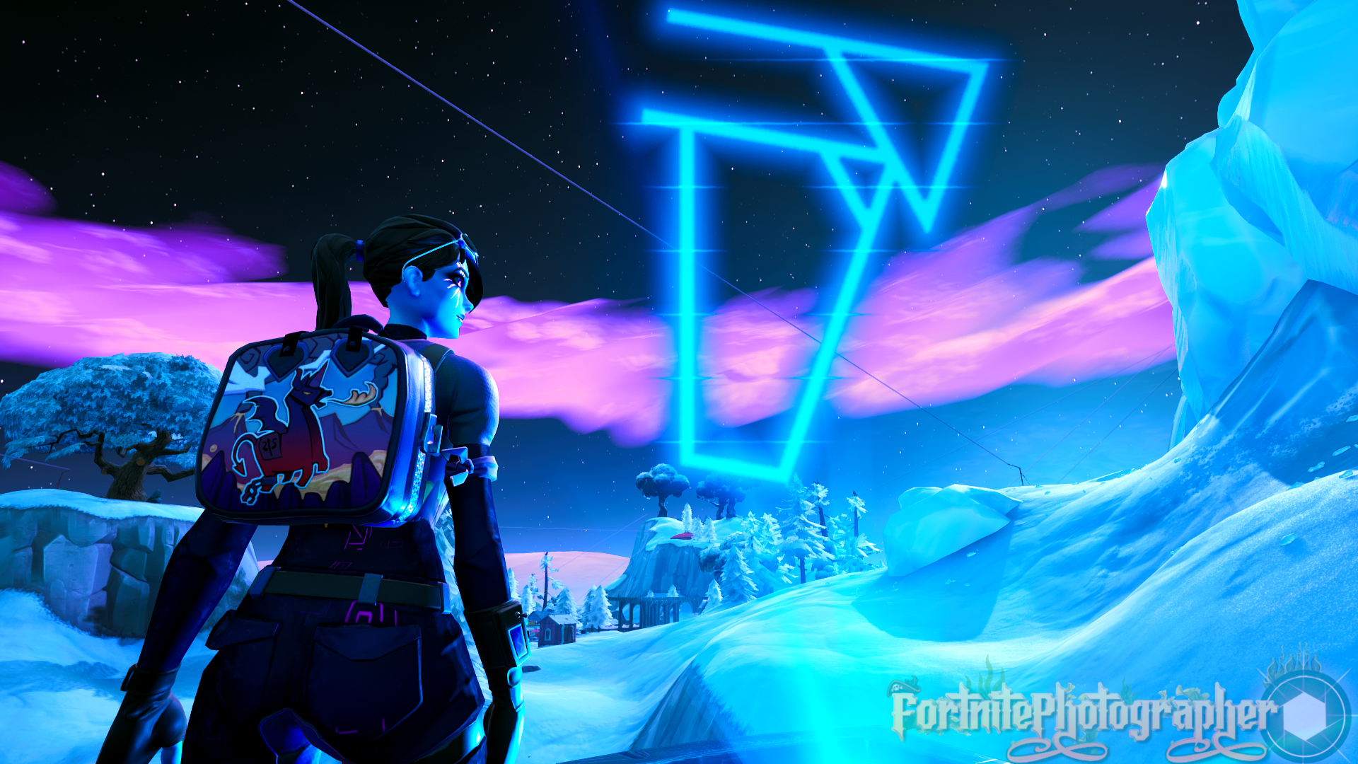 We Are Not Alone I Hope Kevin Comes Back Yes Yes I Know Dark Bomber Again Im Sorry But I Love Her 3 Dark Bomber Set 07 Fortnite Epic Games Bomber