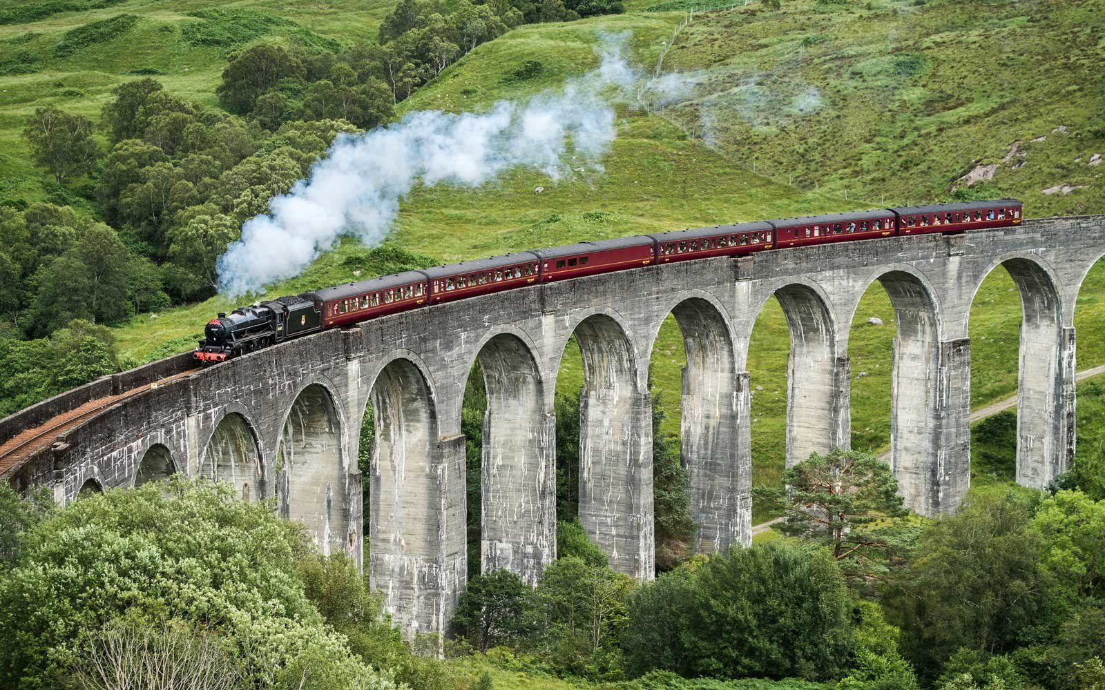 Harry Potter Fans Can Tour The Scottish Countryside On A Real Life Hogwarts Express Scottish Countryside Hogwarts Express Train Hogwarts