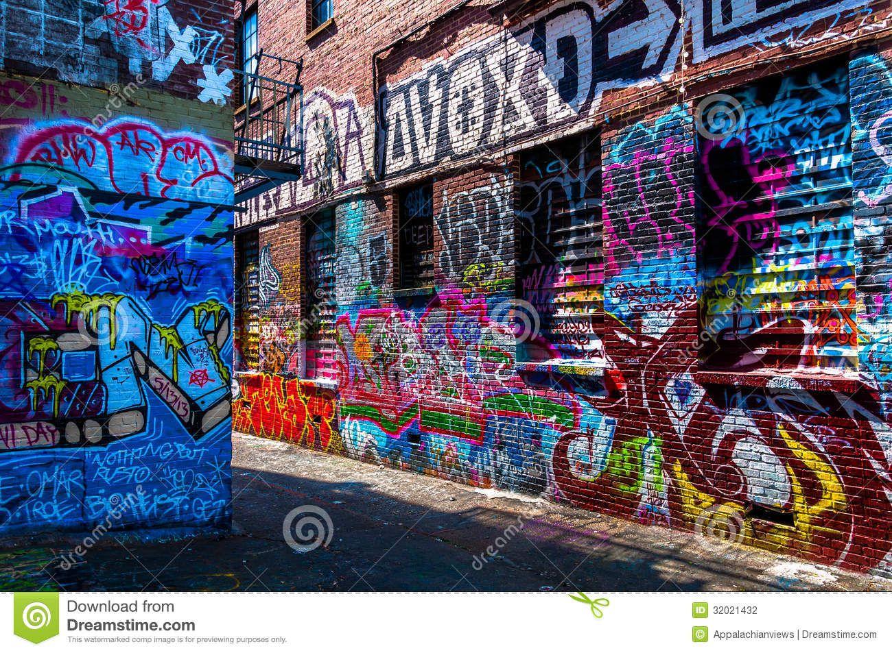 Graffiti wall toronto downtown - Graffiti