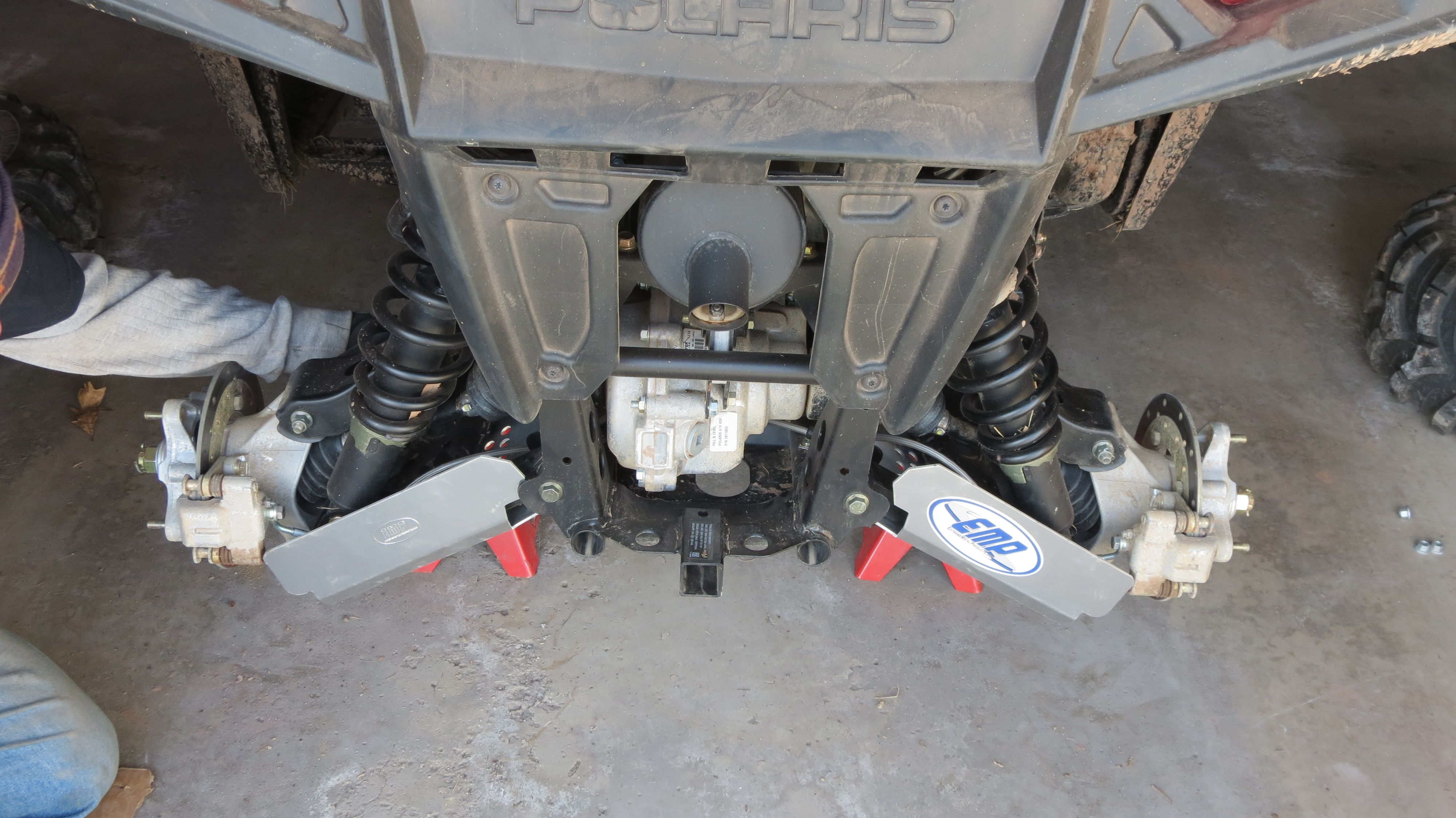 Placement of back cv boot covers Extreme metal, Metal