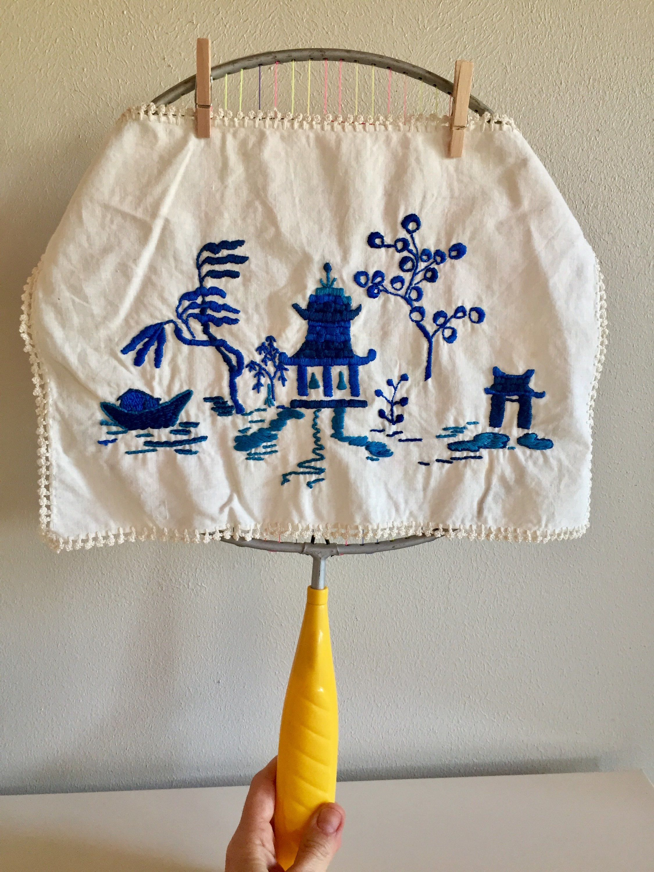 Vintage Hand Embroidery Embroidered Hankie Embroidered