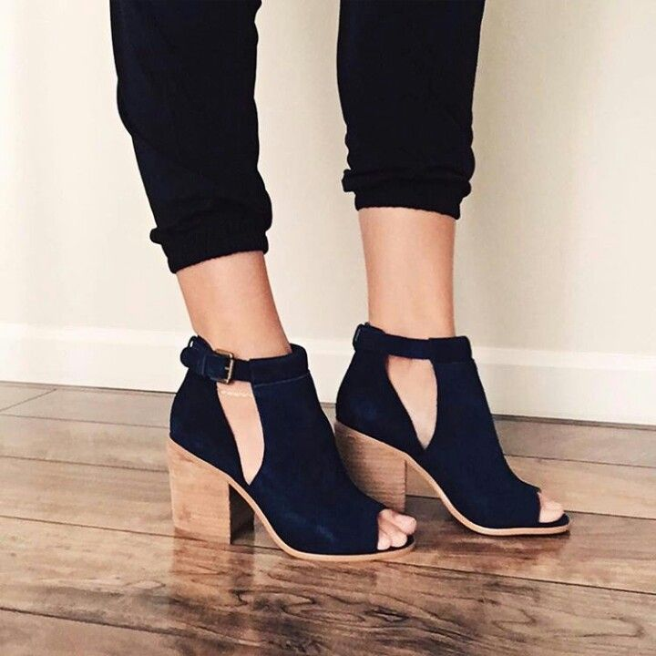 1c5c91fc9ac Go follow  dashaybrand for hot DAILY PINS or visit IG  dashaybrand Navy  Blue Shoes