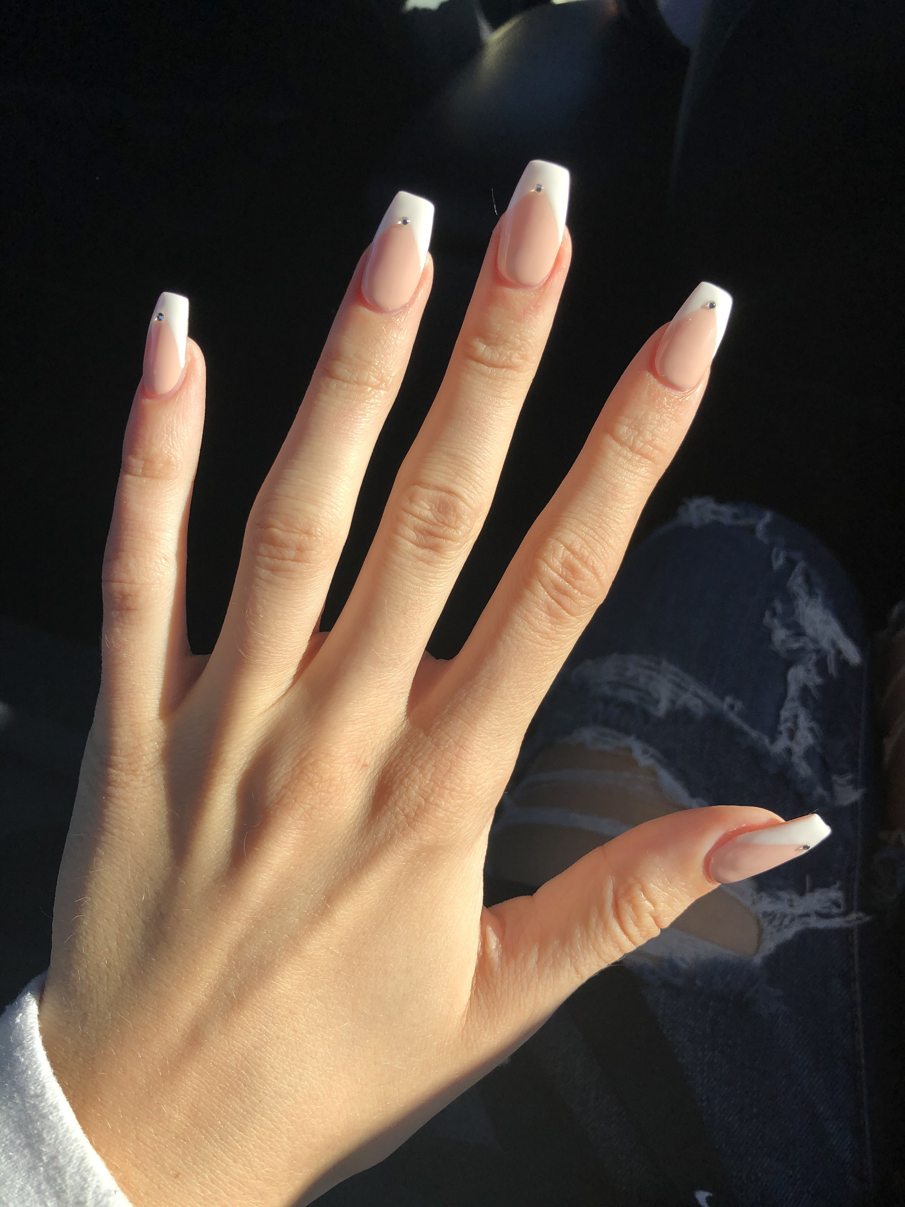 Short Ombre French Tip Coffin Nails - Nail and Manicure Trends