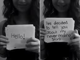 Amanda Todd,  fue una adolescente canadiense de 15 años de edad, que se suicidó (2012) debido al bullying cibernético del que fue víctima. Se hizo famosa por la publicación en YouTube de un video en el cual aparecía ella contando su historia mediante tarjetas didácticas.