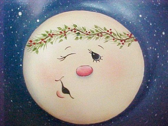 Hand Painted Wooden Bowls Hand Painted Small Wood Bowl With Snowman Face By Toletallypainted Dibujo De Navidad Madera Navidad Navidad De Mickey Mouse