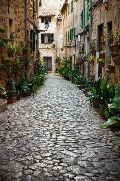 Valldemossa - Spain   Cobblestone   Beautiful places, La palma ...