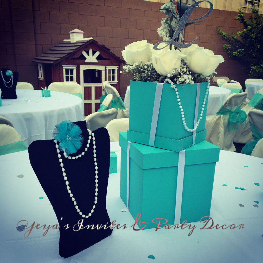 Tiffany And Co Centerpieces In 2020 Tiffany Birthday Party Tiffany Party Tiffany Bridal Shower