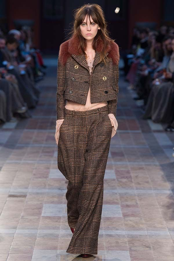 Sonia Rykiel Fall 2016 RTW collection Brings in the Autumn Reds | Fashionisers