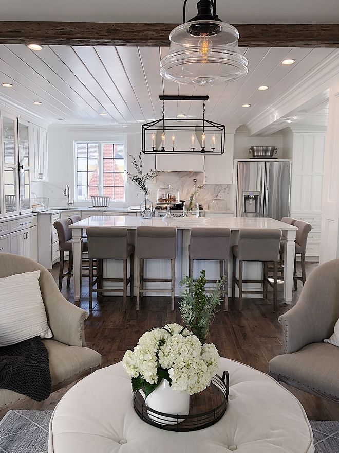 Beautiful Homes Of Instagram New England Home Beautiful Houses Interior Interior Design Kitchen Farmhouse Kitchen Design