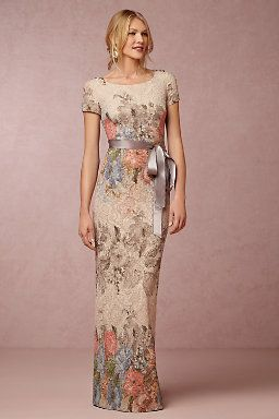 We love this unique floral print dress for a mother to wear on her ...