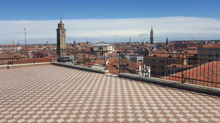 Venezia vista dalla terrazza del Conservatorio Benedetto Marcello ...