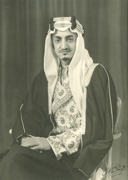 Ffirouzeh King Faisal Of Saudi Arabia In His إ يم ان King Faisal Saudi Arabia Culture Saudi Arabia