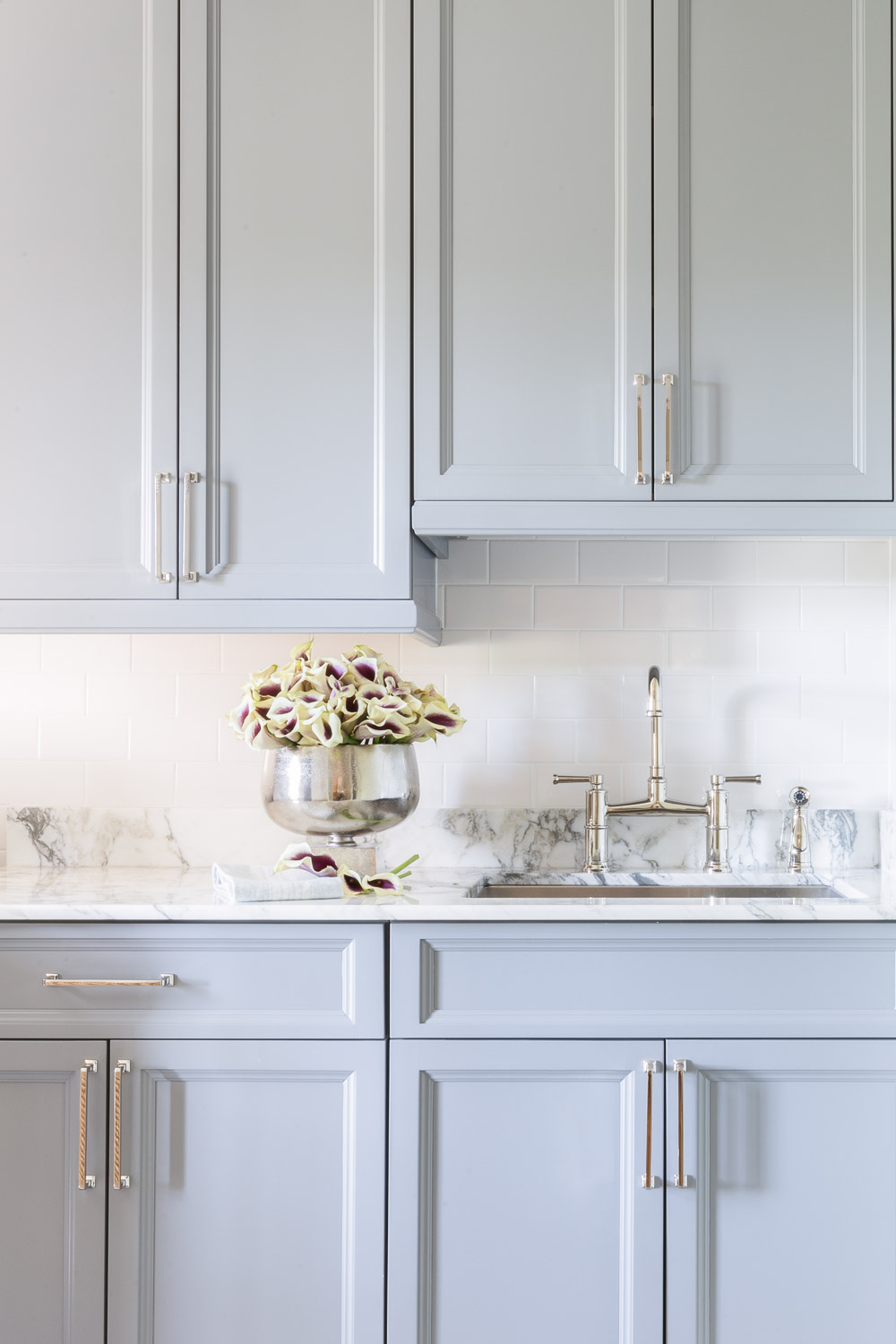 Brynn Olson S Birmingham Alabama Abode Home Tour Aria Stone Gallery In 2020 Kitchen Inspirations Stone Kitchen Stone Gallery